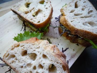 26abba3e - 石釜パンのあわび茸サンド