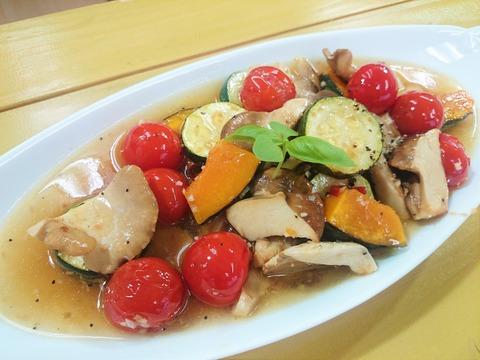 満天青空レストラン「足太あわび茸のマリネ」